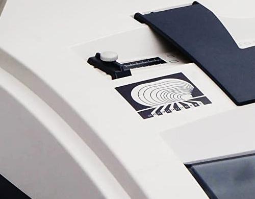perforer le papier avec le perforelieur WR-200 de DSB