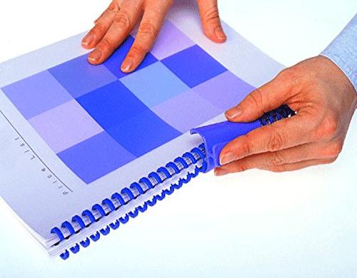 Reliure du dossier avec un peigne click et le Zipper en plastique